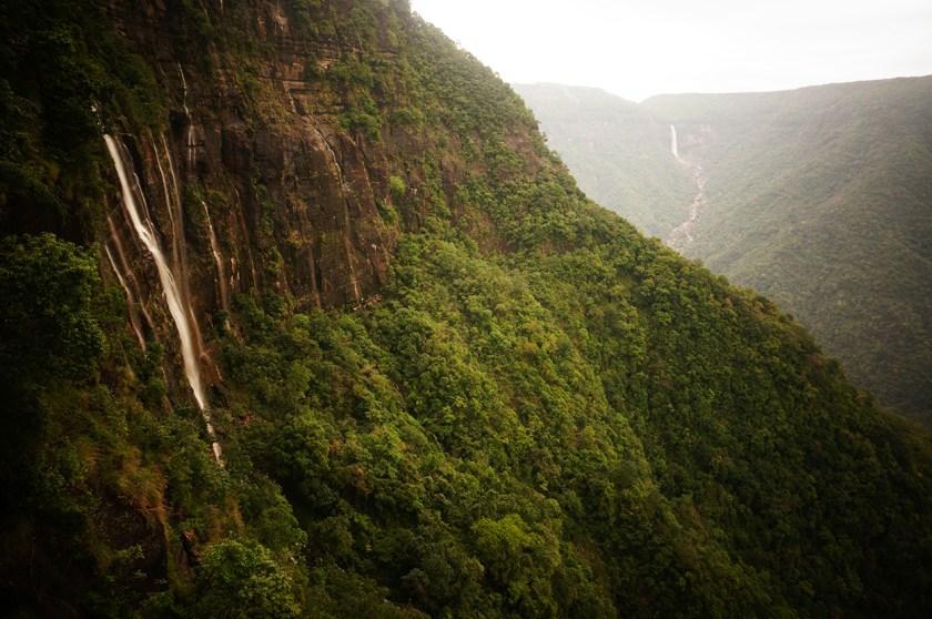 meghalaya waterfall