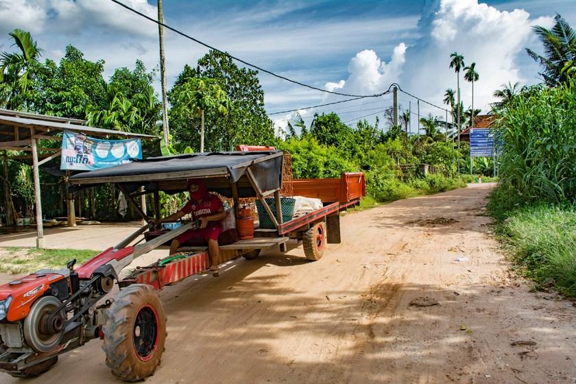 cambodia-tractor
