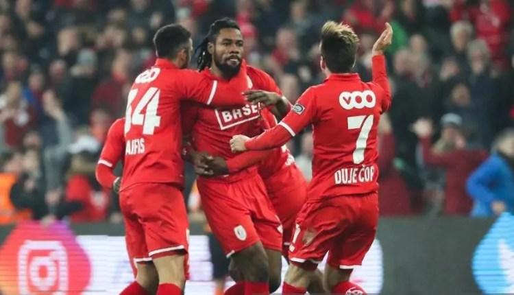 Standard de Liège : Christian Luyindama dans la peau d'une star