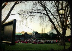 Watching the Life of Pi in the middle of London Zoo..