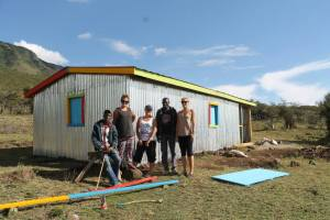 Painting the orphanage with the new volunteers (the Kiwis - Judy and Hollie!!)..