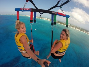 Parasailing = amazing views of the whole island 'flying' in the air..