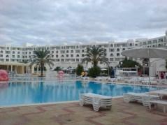 tunisia-swimming-pool