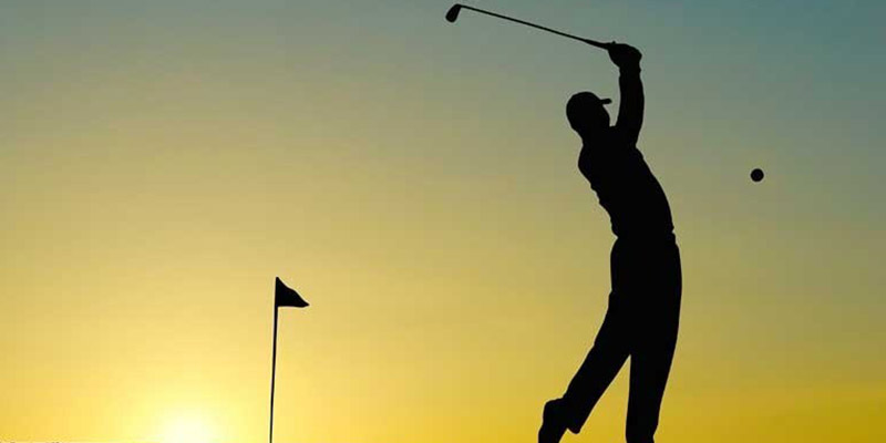 What Are the Benefits of Golf Shoes