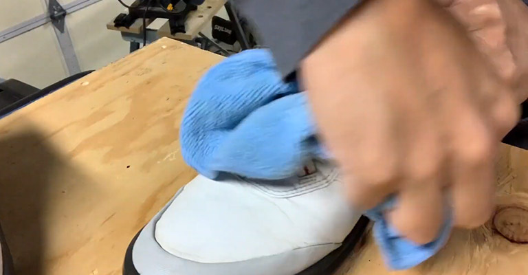 Clean The Outsoles