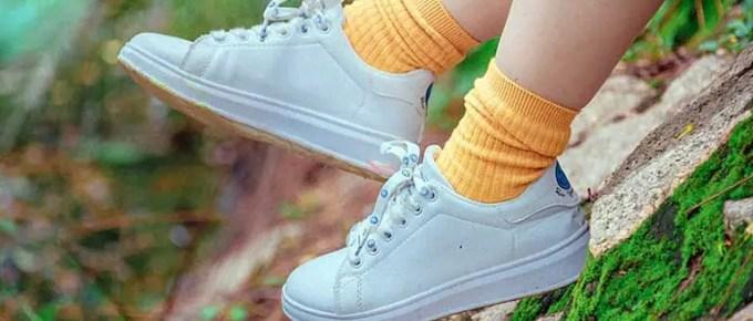 Medium Sized Socks FI