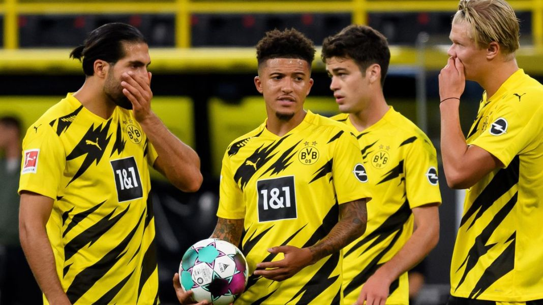 Manchester United have not given up their pursuit of Jadon Sancho