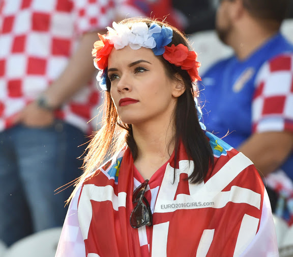 Hottest football fans from euro 2016 footy jokes russian girls 2 croatian girls s voltagebd Image collections