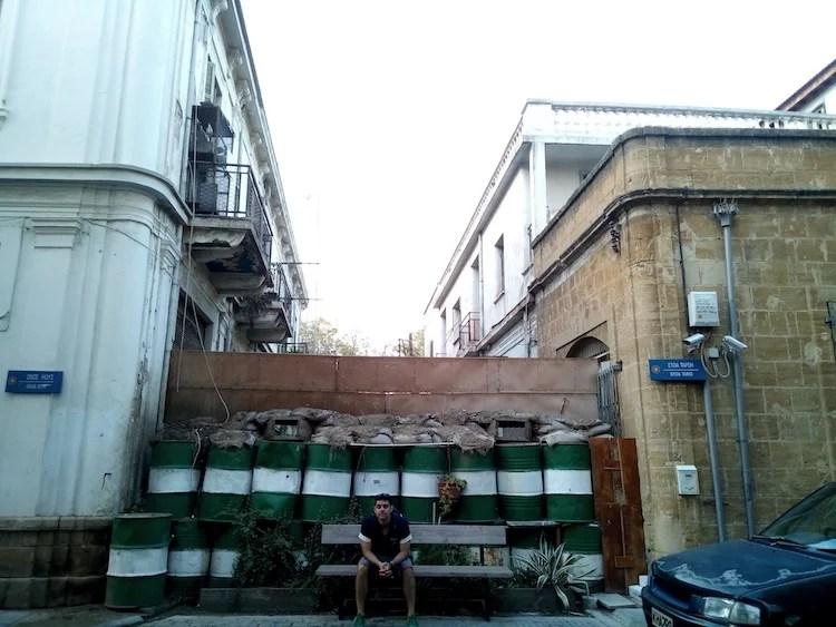 Fronteira dentro de Nicosia 2