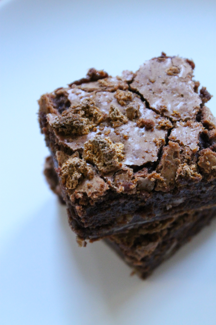 Amaretto Almond Brownies