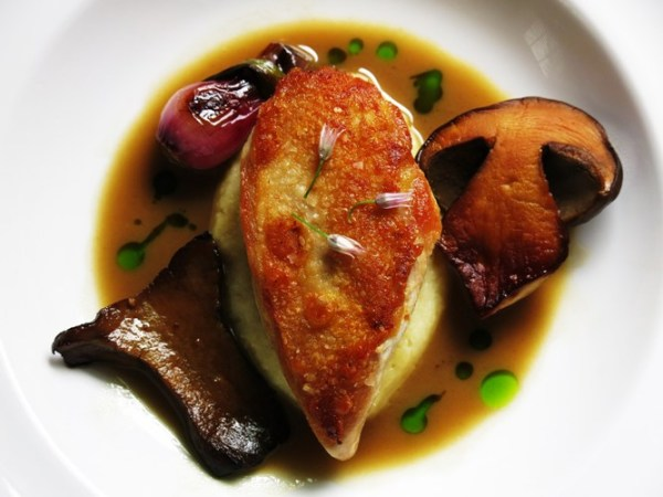 poussin with bolete wine sauce and semolina