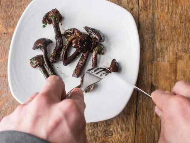pan roasted honey mushrooms