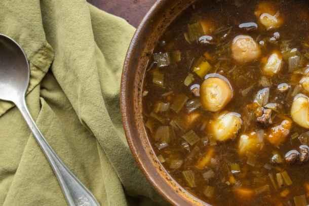 Dried venison soup with timpsila or prairie turnips (Bapa Wohanpi)