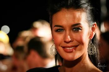 Australian supermodel Megan Gale on the red carpet   Foraggio Photographic