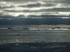 Cloudy East Antarctic morning