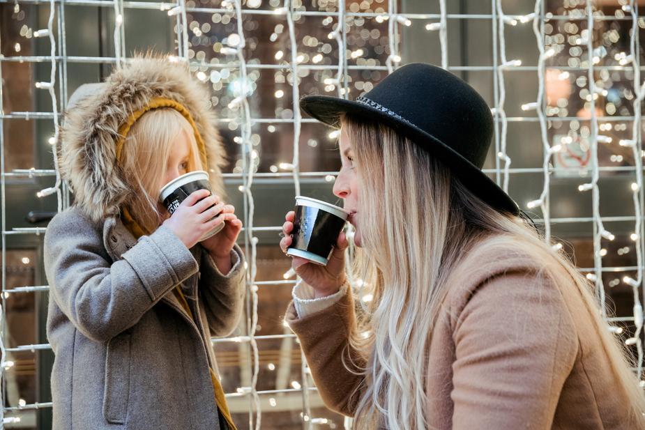 4 coisasque não devemos dizer aos nossosfilhosà refeição