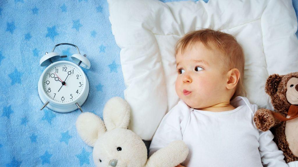 Como ajustar o horário do seu bebé à mudança de hora da Primavera?