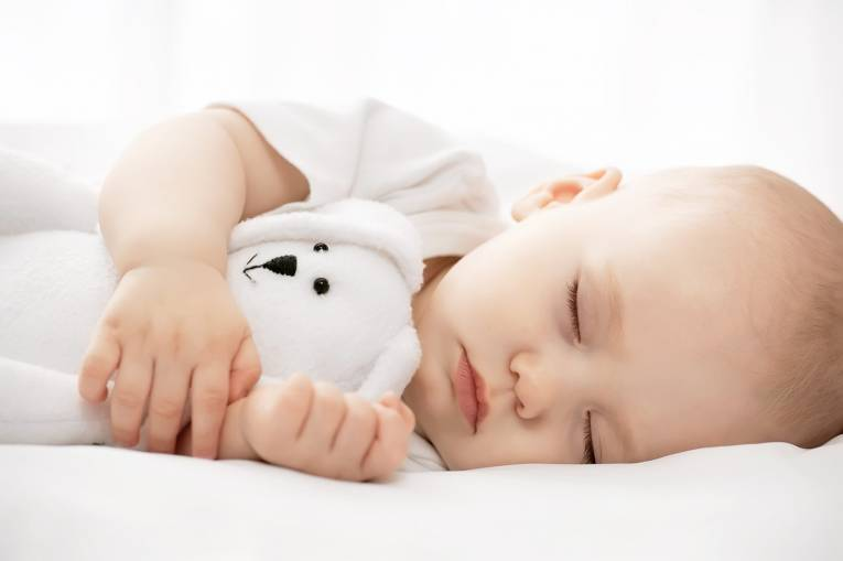 ensure-your-childs-bedtime-clothes-are-light-and-breathable