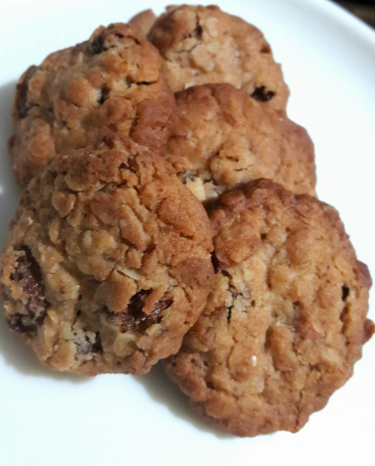Whole Wheat, Oats, Raisin and Almond Cookies