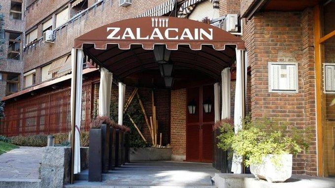 Entrada del restaurante Zalacaín