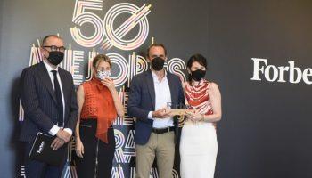 (De izq. a drch.) Andrés Rodríguez, presidente de SpainMedia y editor de Forbes España; Yolanda Díaz, Ministra de Trabajo y Economía Social; Rafael Brugnini, director general de SAP España; y Alba Herrero, Directora de Recursos Humanos para el sur de Europa y África francófona de SAP.