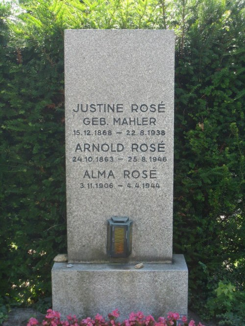 Arnold and Justine Rosé's grave
