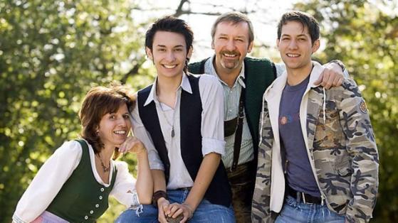 Tom Neuwirth aka Concita with his family