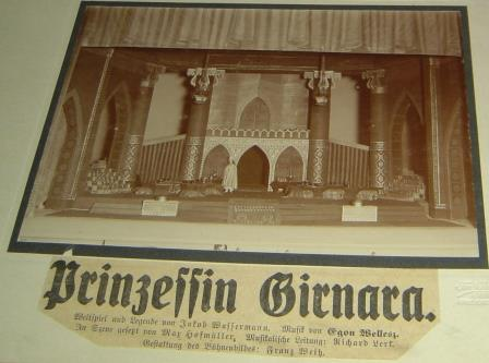 Press clipping of premiere of 'Prinzessin Girnara'