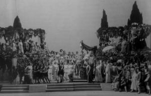 Frankfurt Gezeichneten, Act III, all of Genoa at Alviano's 'Elysium'