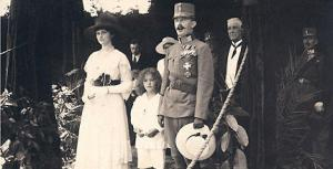 Emperor Karl with wife Zita and son Otto