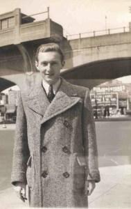 Walter Aptowitzer, changed to Arlen. Chicago 1942