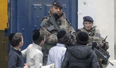 Security at a London Jewish school