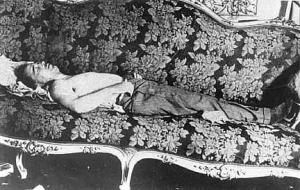 The body of Dollfuß laid out following his assassination in the attempted Nazi coup of July 1934