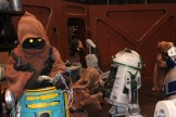 Jawas hard at work