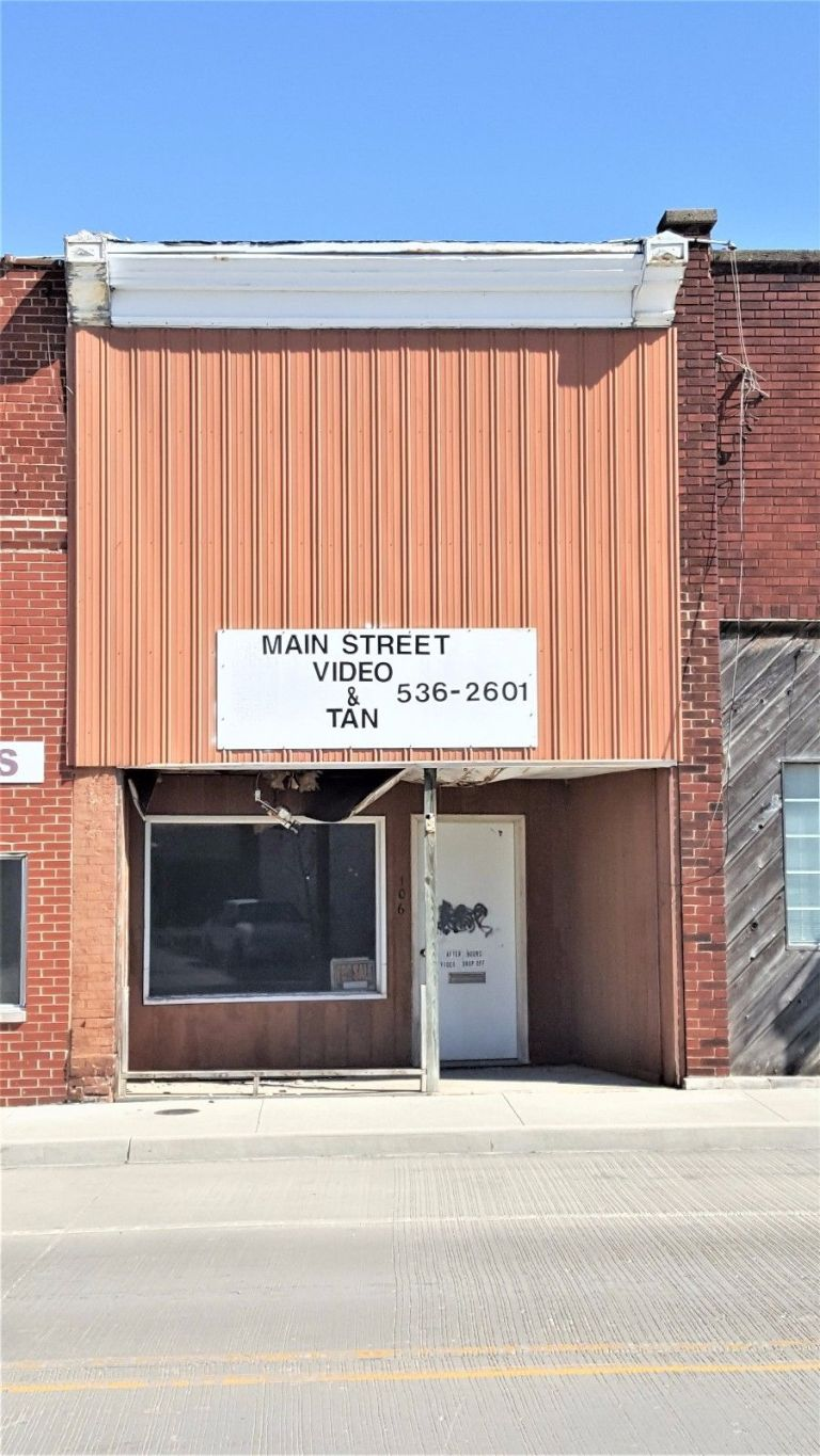 Commercial Retail in Summitville, IN 1