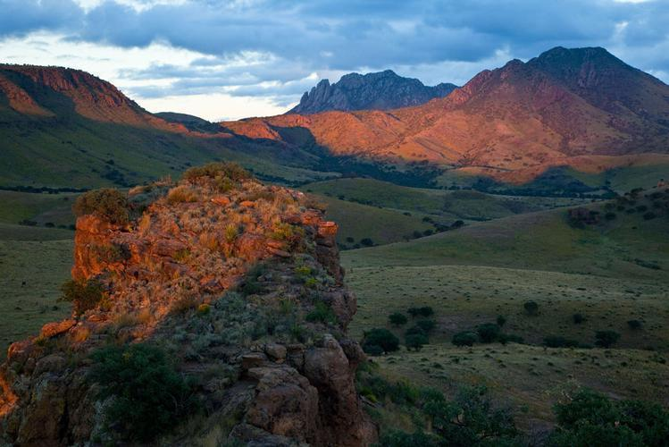 26.3 AC WITH MINERALS, PEAR CANYON TEXAS,ROAD FRONTAGE, KILLER VIEWS TOP OF MESA 1