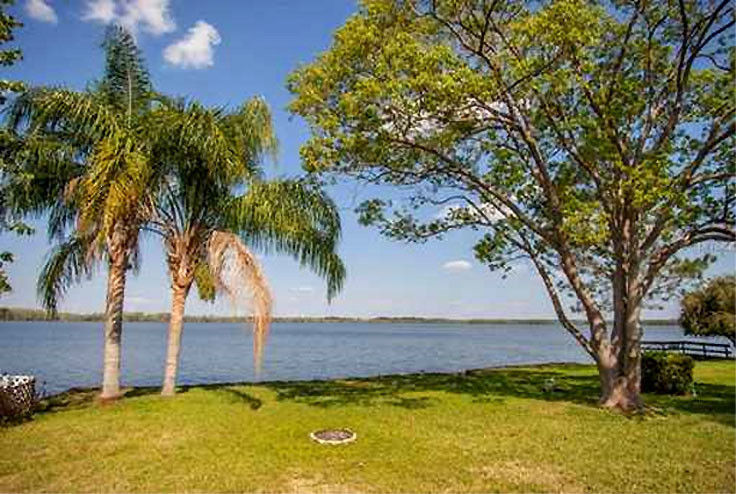9.76 AC by Bonnet Lake, near Orange Groves/Golf, Florida / Pre-Foreclosure 1