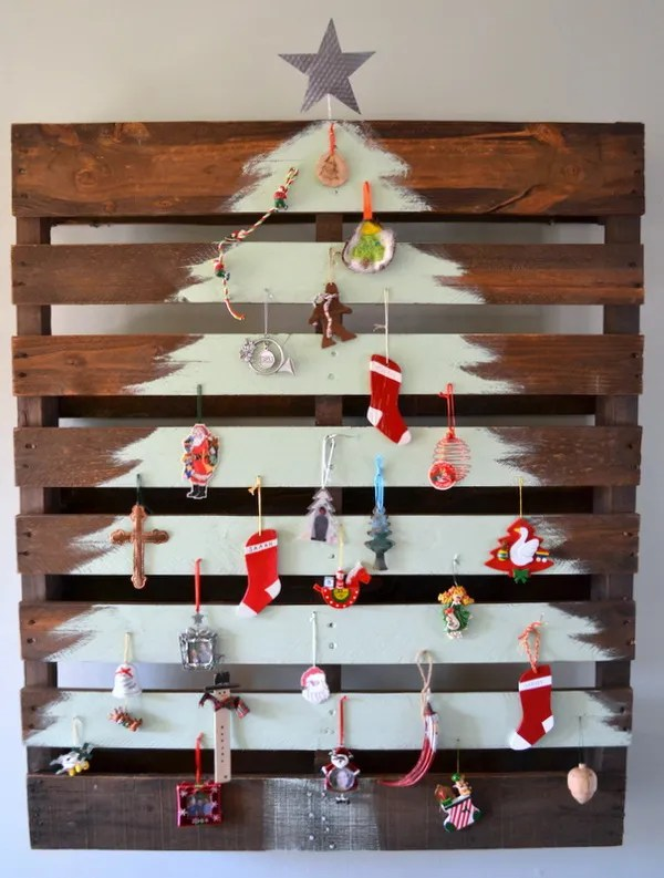 wooden pallet christmas tree - Pallet Christmas Decoration Ideas