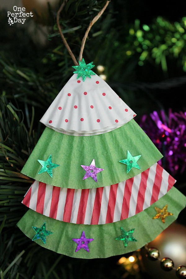 Cupcake Liner Christmas Tree Ornament: