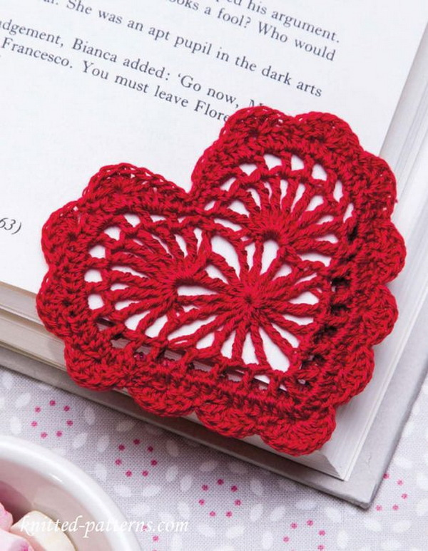 Heart Bookmark Crochet Pattern Free.