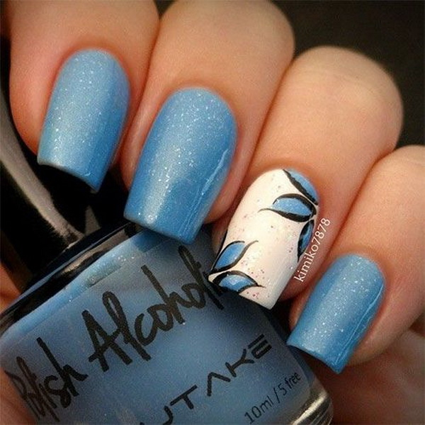 Blue and White Flower Nail Art Design.