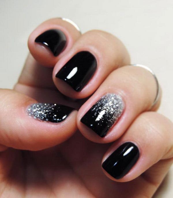 Silver Glitter on Black Nails.