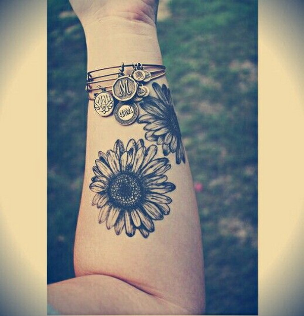 Sunflower Forearm Tattoo.What a cool tattoo design idea!  Love it very much! This will be my next tattoo design. via https://forcreativejuice.com/awesome-forearm-tattoo-designs/