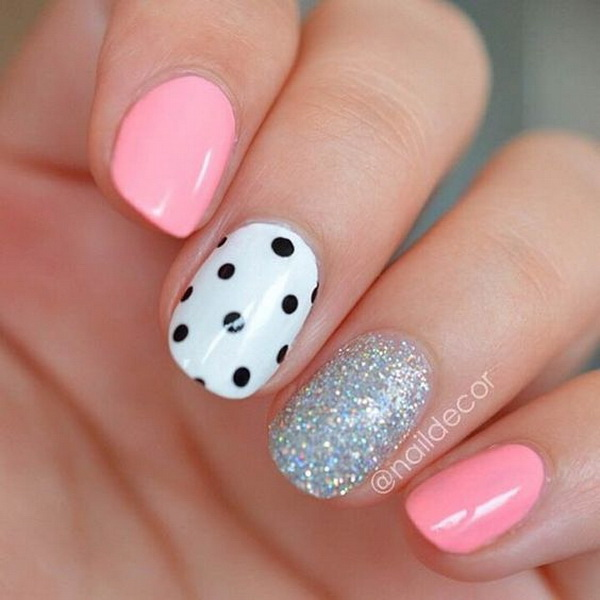 Black and White Polka Dot Accent Nail - 40+ Pretty Polka Dots Nail Designs - For Creative Juice