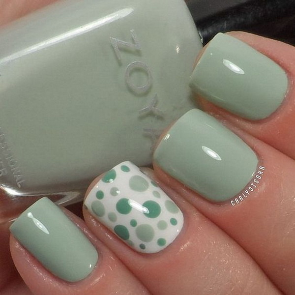 Mint Polka Dot Nail Design. (via forcreativejuice.com)