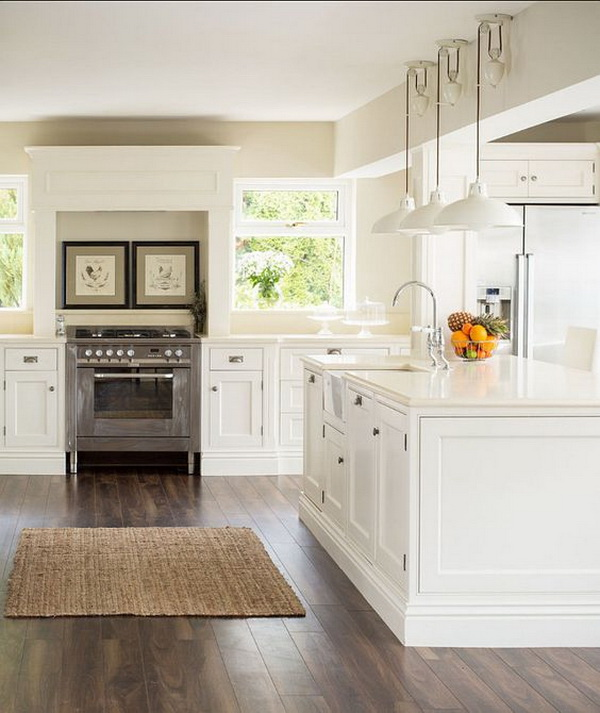 Crisp white country style kitchen. More via https://forcreativejuice.com/elegant-white-kitchen-interior-designs/