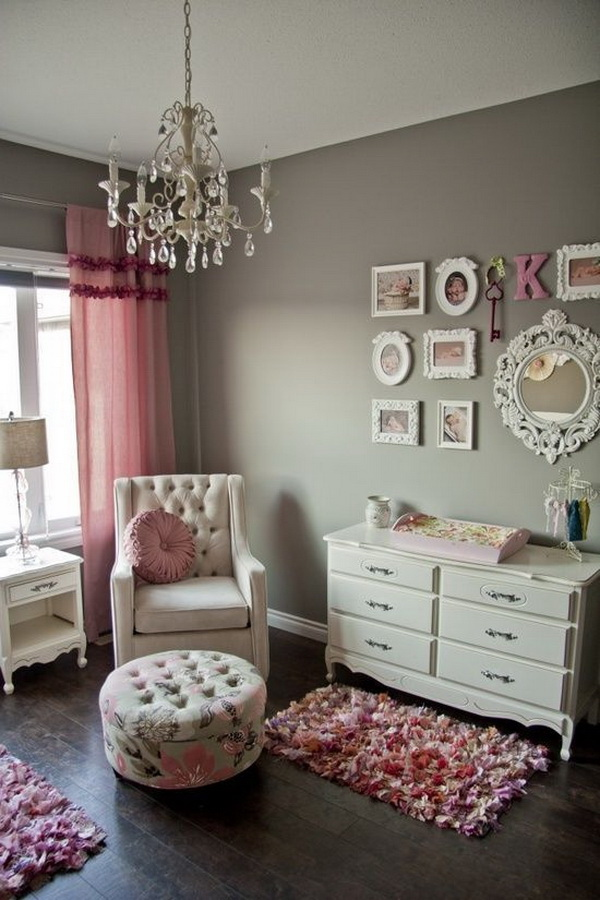 Charmant All Things Pink And Girly In This Charming Bedroom For Teenage Girls.