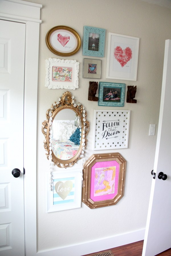 Vintage modern girl gallery wall.