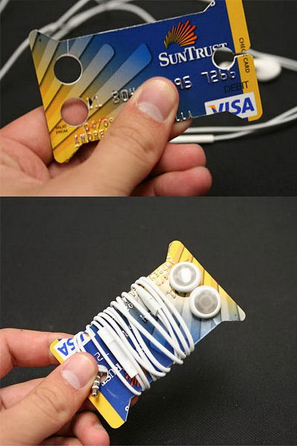 DIY Earbud Holders from Old Credit Cards. Turn old credit cards into earbud holders! Your dad's earbuds will never get tangled again. A good gift idea for this Father's Day!