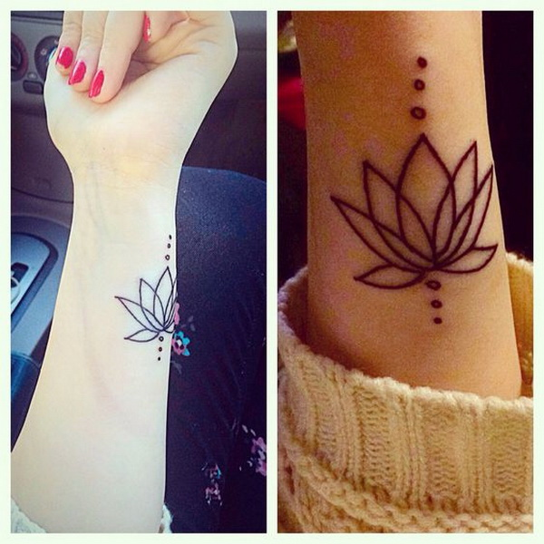 Tatuaje de muñeca de contorno de flor de loto.